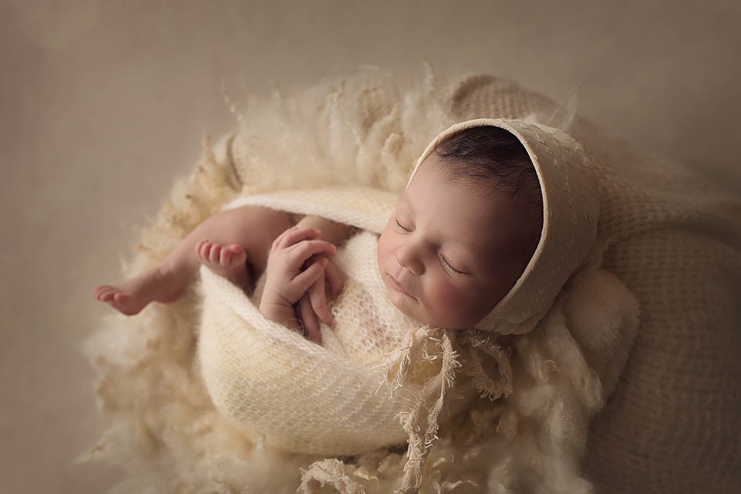 Fort Benning Ga Newborn Photographer Columbus ga newborn photographer cream setup bonnet neutral furs